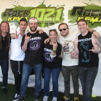 kd-19-meetngreet-shinedown-04.jpg