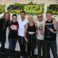 kd-19-meetngreet-shinedown-08.jpg