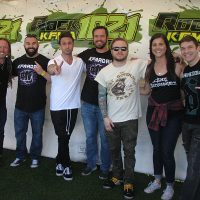 kd-19-meetngreet-shinedown-09.jpg
