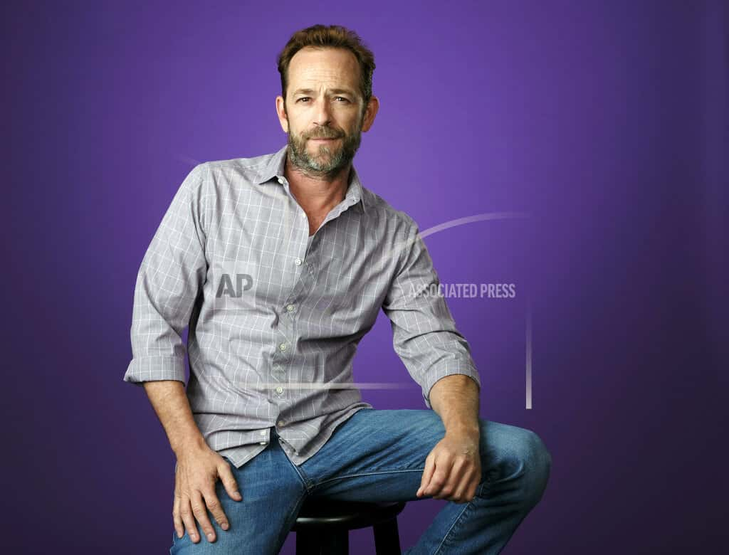 Luke Perry has died at 52 after suffering stroke | 1380 ...