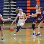 Annie-v-Edmonson: Sophomore guard Annie Kiper drives through the lane in a January 8th loss to Edmonson County.