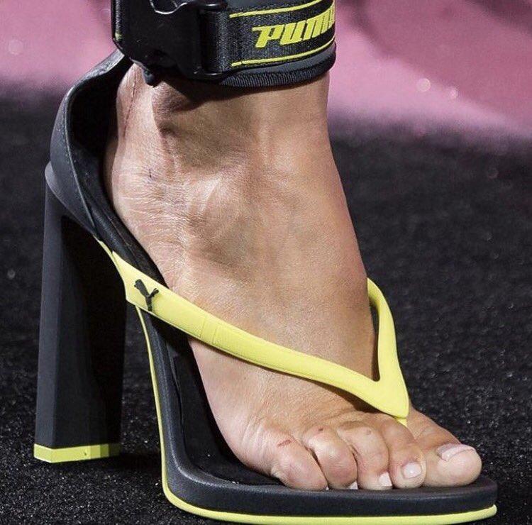 dd5f8746a51b8 Rhianna s new flip flops in her Fenty fashion line are WEIRD!