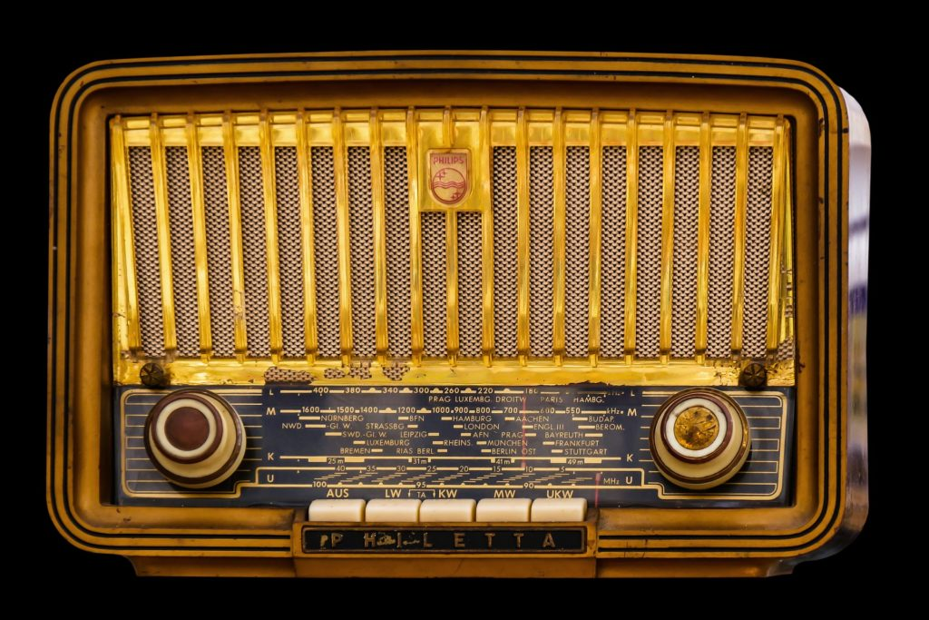 retro-style radio