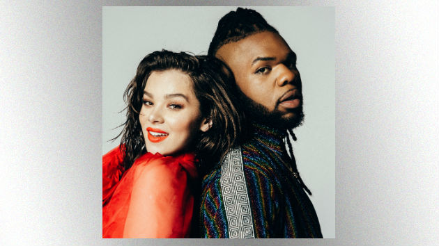 Watch Now Hailee Steinfeld Teams Up With Mnek For Colour