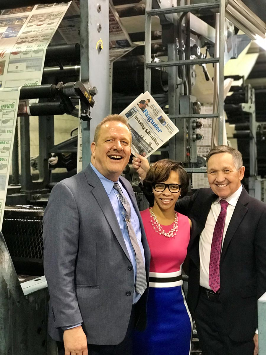 Dennis Kucinich and Tara Samples with Matt Westerhold, Managing Editor, Sandusky Register