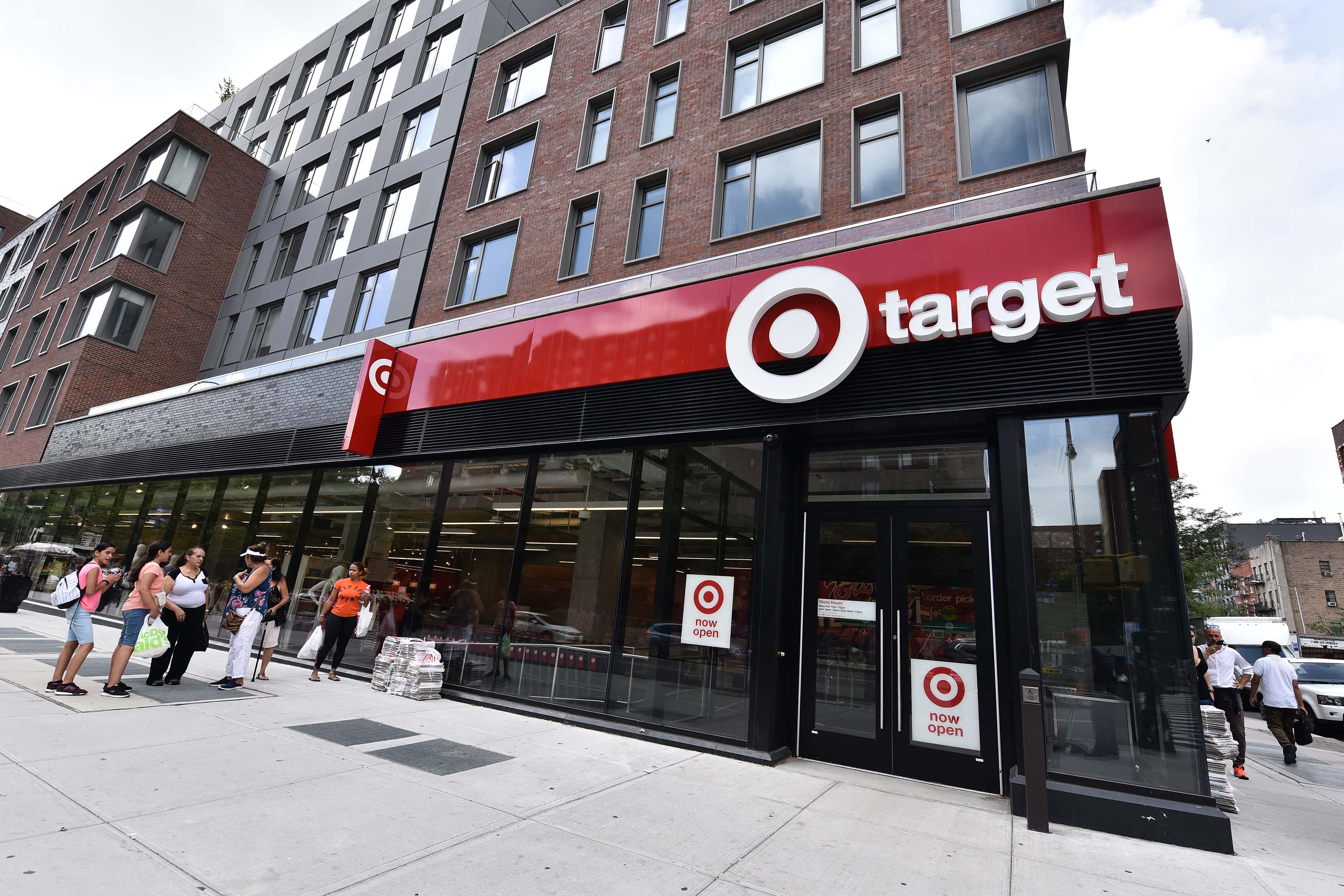 Target Begins Holiday Season With Strong 3rd Quarter Earnings 77 Wabc Radio