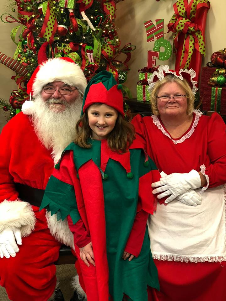 Santa Pictures At Wcc Furniture Pure Country 106 7