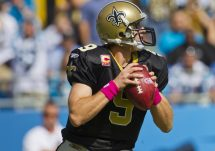 Drew Brees back to pass