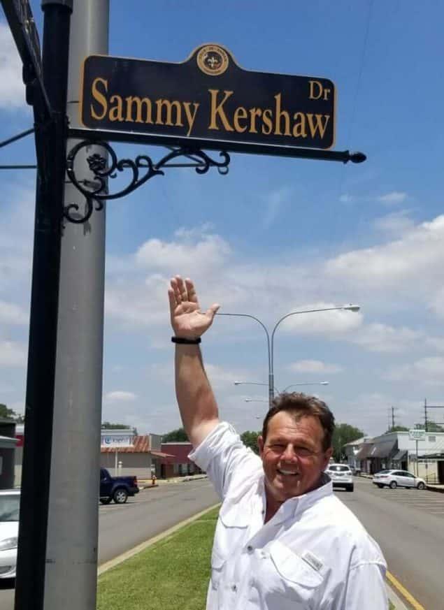 sammy kershaw with his street sign in kaplan
