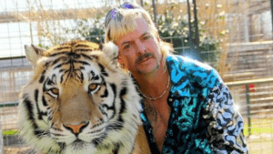 joe exotic with tiger
